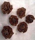Vánoční Dekorace Cedar rose 3-5 cm 6 ks
