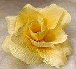 Růže látková světle žlutá